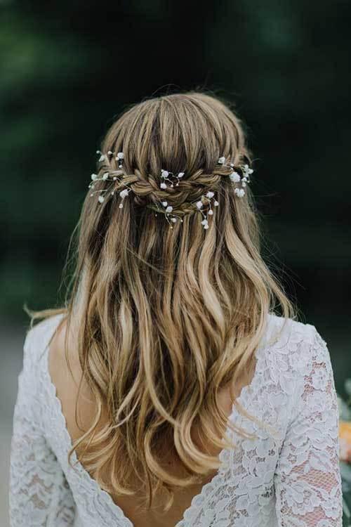 Açık Hippi Gelin Saçı Modelleri
