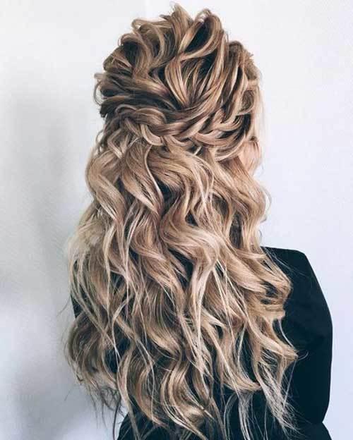 Dalgalı Maşa Açık Gelin Saçı Modelleri