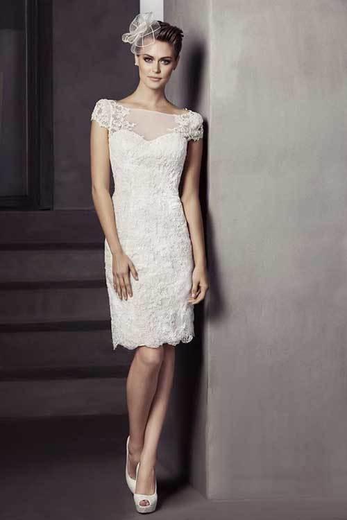 Beyaz Sade Nikah Elbisesi