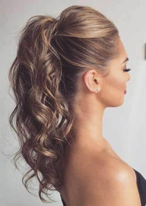 Abiye Dalgalı Saç Modelleri