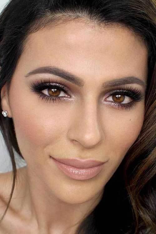 Kahverengi Gözlüler için Klasik Göz Makyajı Önerileri