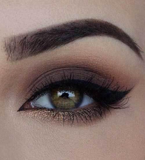 Eyeliner ve Buğulu Göz Makyajı-8