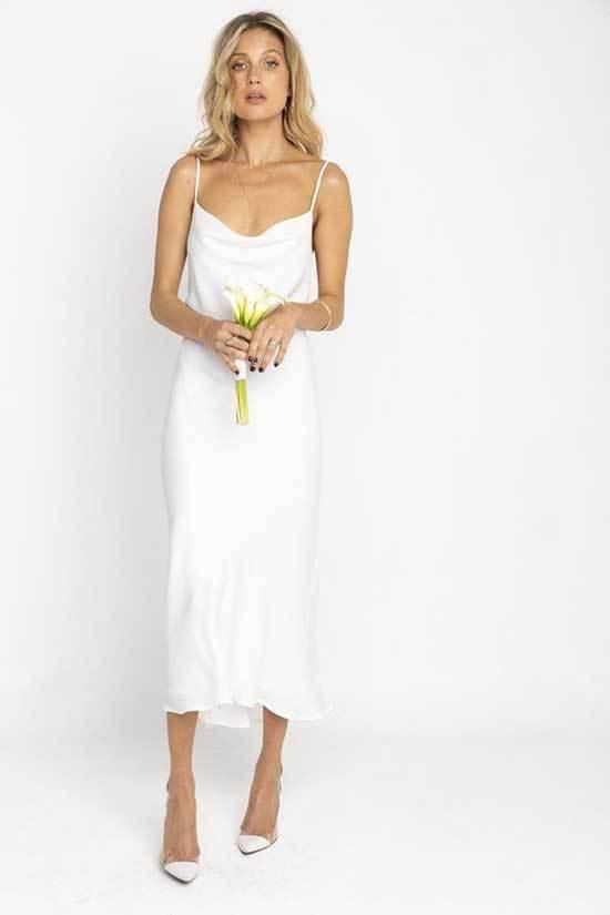 Degaje Yakalı Nikah Elbisesi Modelleri-10